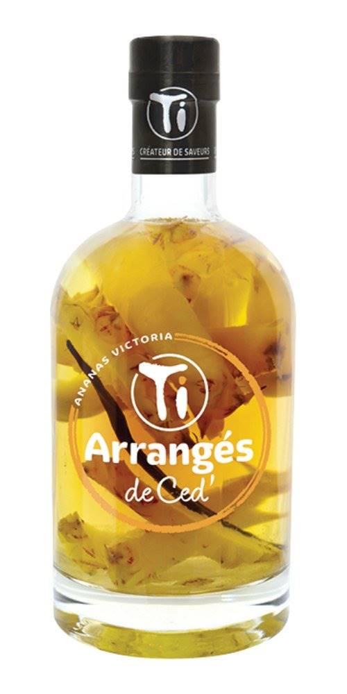 Ti Arrangés de Ceď Ti Arrangés Ananas Victoria 0,7l 32%