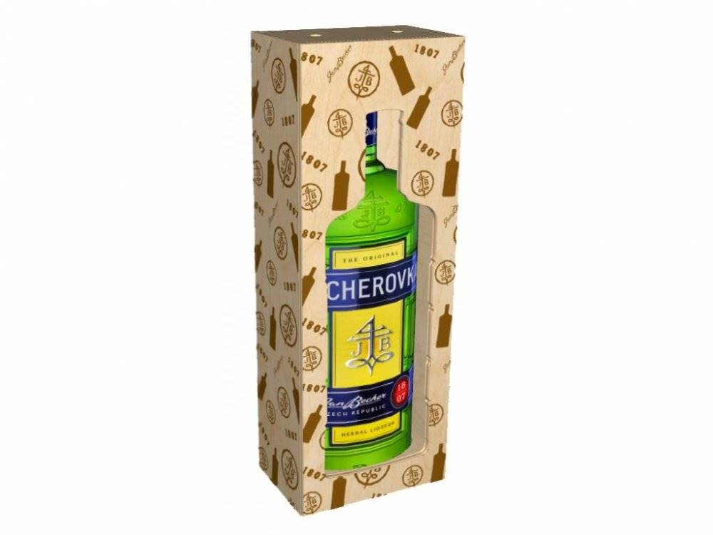 Becherovka 3l 38% Dřevěný box